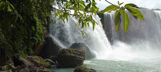 Cascades de l'éléphant et Thác Dray Sáp entre Dalat et Buon Ma Thuot – Vietnam